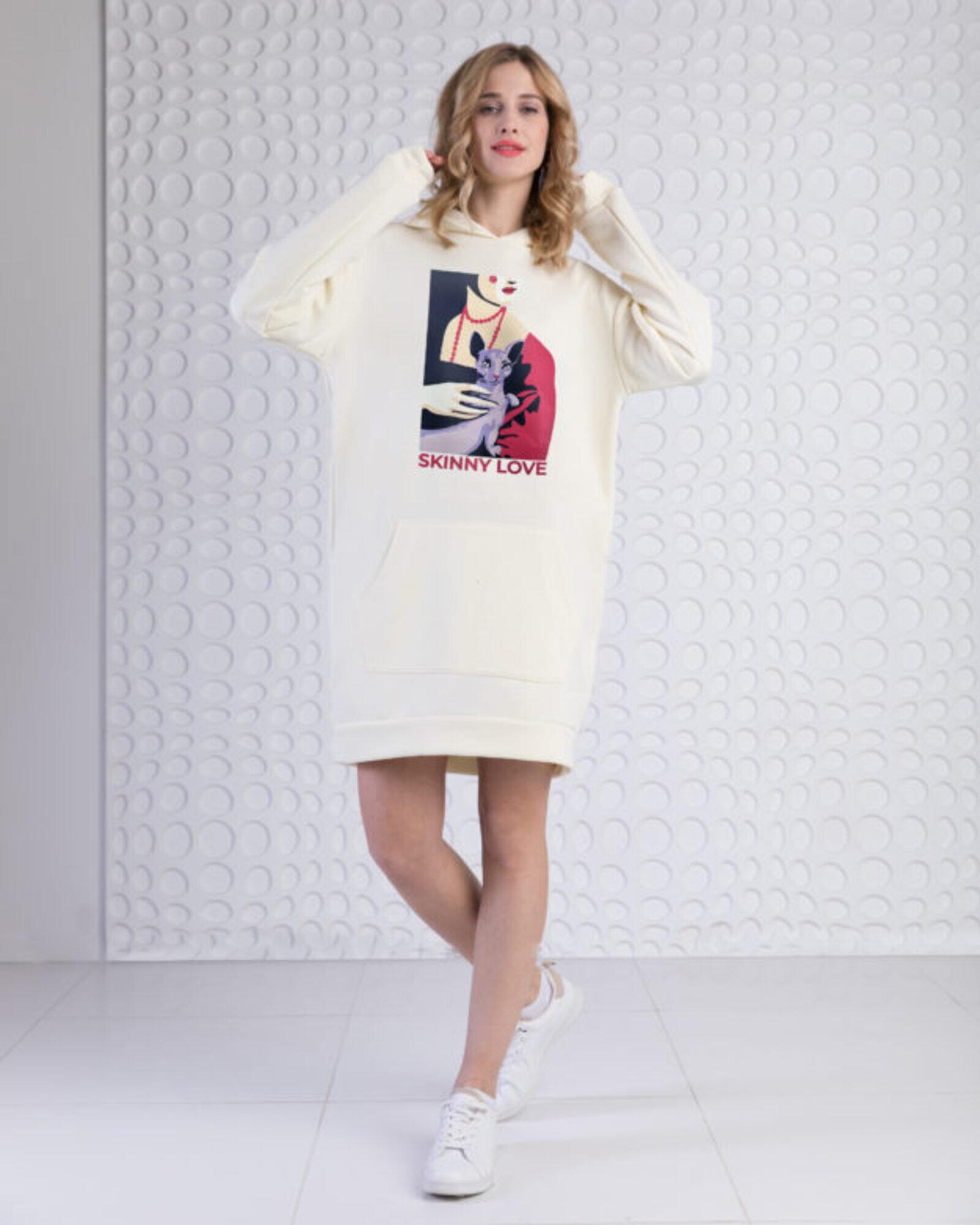 Платье-худи женское «Дама с котом» экрю