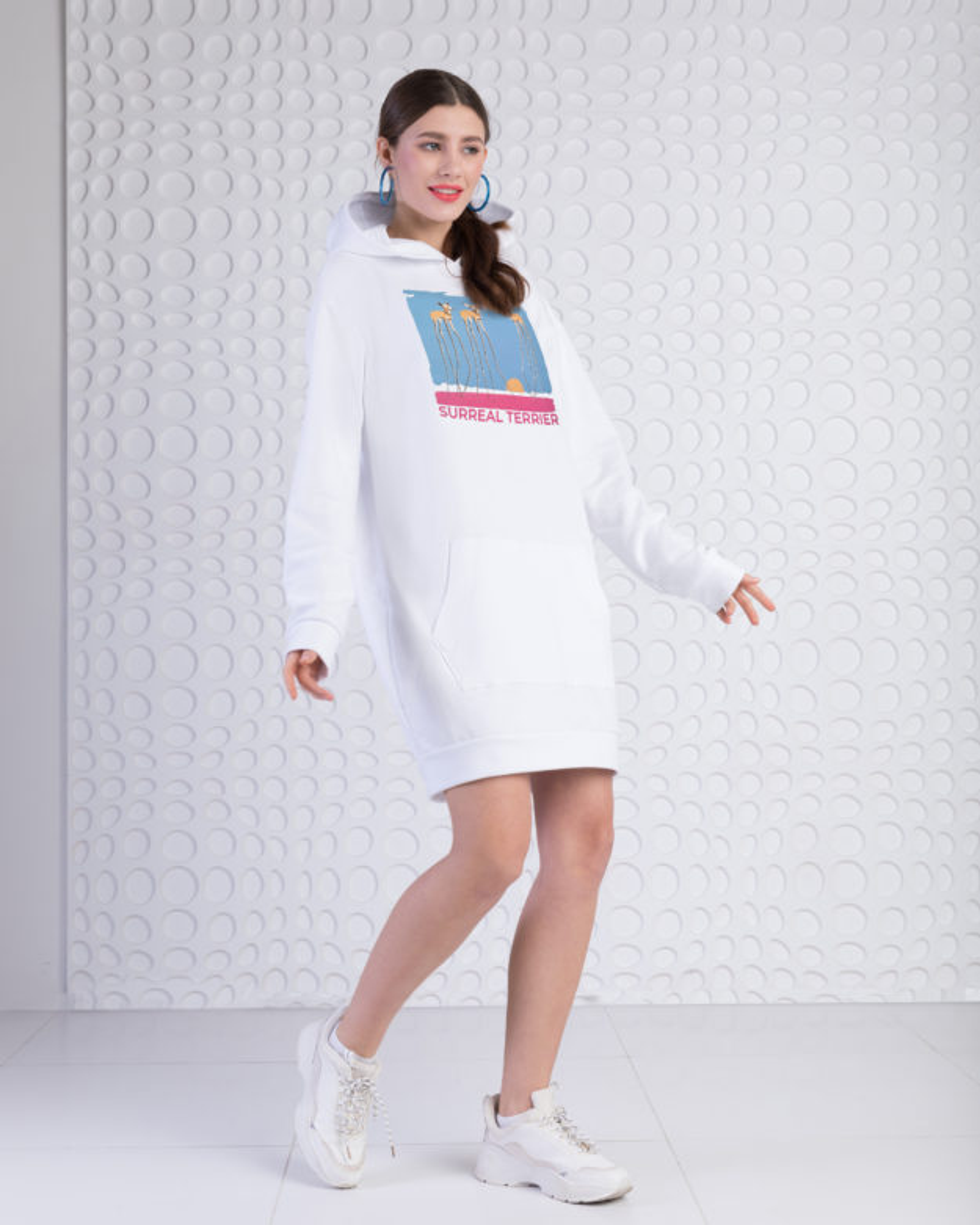 Платье-худи женское «Сюрреализм» белое