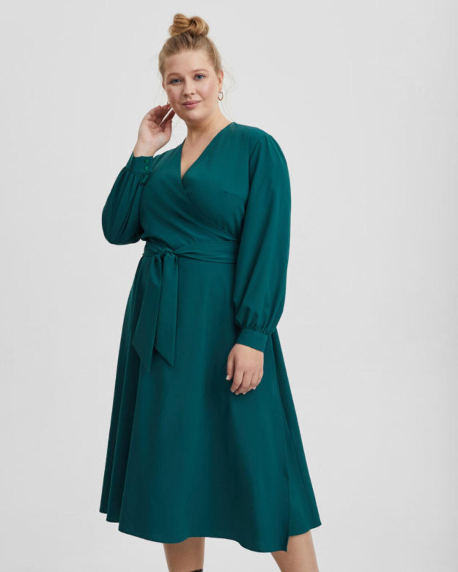 Платье женское с запахом изумрудное Plus size