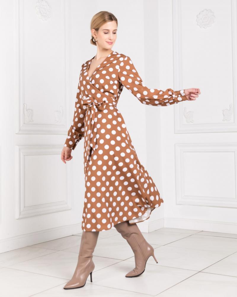 Платье с запахом женское в горох коричневое